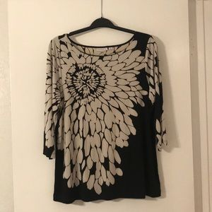 BNWOT Susan Graver Printed Top XL!